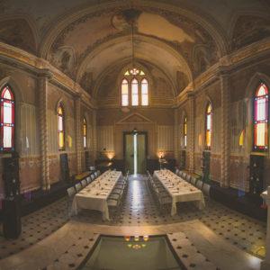 Repas dans la chapelle photo par WildRoses